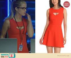 wornontv felicity u0027s orange red dress with front cutout on arrow