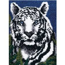wonderart latch hook kit 24 x34 white tiger accessories