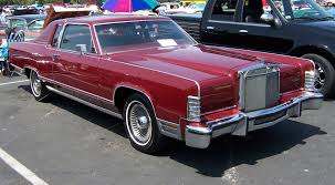 Old Lincoln Town Car Lincoln Continental Photos And Wallpapers Trueautosite