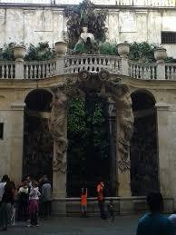 il cortile genova cortile di un palazzo parte dei rolli foto di palazzi dei rolli