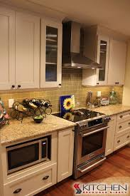 Glass Inserts For Kitchen Cabinets by 87 Best Shaker Style Cabinets Images On Pinterest Shaker
