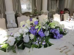 christmas table flower arrangement ideas astounding dining table trends including christmas table centerpiece