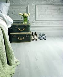 Van Gogh Laminate Flooring Karndean Van Gogh Light Wood White Washed Oak Vgw80t