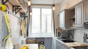 repeindre meuble cuisine chene relooker un meuble de cuisine nos 8 conseils pratiques côté maison