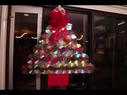how to make a christmas tree door decoration with old compact