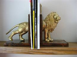 bookends lion 13 decorative bookends for keeping your awesome library