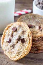thin u0026 crispy chocolate chip cookies just so tasty