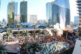 Top 10 Rooftop Bars New York Best Rooftop Bars In Las Vegas Nevada Thrillist