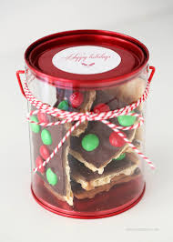 food christmas gifts christmas toffee recipe saltine toffee toffee and