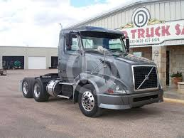 volvo tractor trucks for sale 2011 volvo vnl64t300 day cab truck for sale 390 248 miles