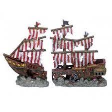 penn plax penn plax striped shipwreck decoration set large