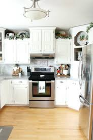 decorating ideas for a kitchen how to decorate kitchen walls kitchen decorating ideas kitchen