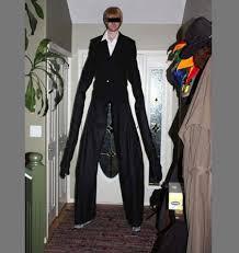 Slender Man Halloween Costume Gamer Creates Slenderman Costume Creepiest Techeblog