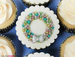 ornament wreath cupcake topper how to cake that