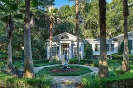 Plantation Style House Plantation Style Estate Is A Slice Of Heaven On South Carolina U0027s