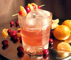 here is your thanksgiving cocktail cranberry añejo fashioned