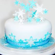 White Christmas Cake Ideas by Blue And White Snowflake Christmas Cake