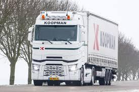 renault trucks t nieuws kloosterhuis transport rijdt renault trucks t high