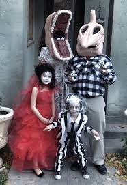 Mother Daughter Halloween Costume 47 Fun Freaky Fantastic Family Halloween Costumes Huffpost