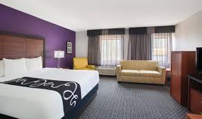 Hotels Near Six Flags Springfield Ma La Quinta Inn Hartford Bradley Airport Near Bradley International
