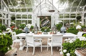 Outdoor Dining Area With No Chairs The Best Decorating Ideas For Your Outdoor Dining Space