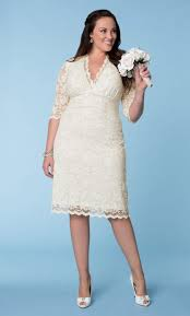plus size courthouse wedding dress wedding dresses for curvy brides from kiyonna scalloped lace