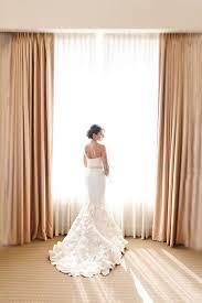 wedding dress rental the guide to wedding dress rentals modwedding