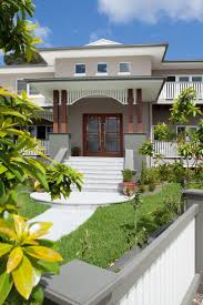 21 best sloping block homes images on pinterest melbourne facade the wooden pillars queensland homes blog real home the brief
