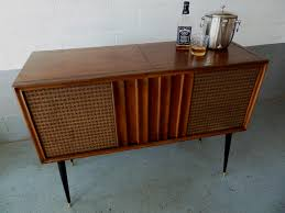 Record Player Cabinet Plans by 66 Best Furniture Makeover Bars Images On Pinterest Bar Carts