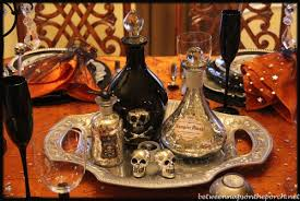 209 Best Halloween Dinner Ideas by Best 25 Halloween Table Centerpieces Ideas Only On Pinterest