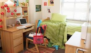 How To Organize A Small Desk by 5 Ways To Stay Organized Tidy And Happy In A College Dorm