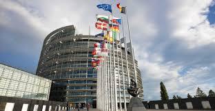 siege europeen union sacrée autour du siège du parlement à strasbourg l opinion