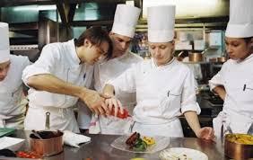 atelier cuisine cyril lignac pourquoi la téléréalité culinaire cartonne le plus