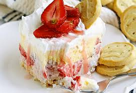 scout cookies strawberry ice cream cake using trefoils