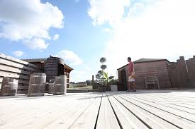 spa d exterieur bois spa en bretagne hammam sauna jacuzzi modelage le bien être