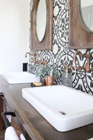 White Bathroom Tiles Ideas by Best 20 White Tile Bathrooms Ideas On Pinterest Modern Bathroom