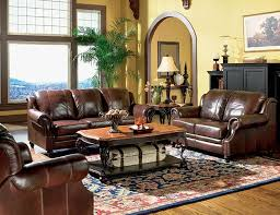 Decorating Ideas For Living Rooms With Brown Leather Furniture by Best 25 Leather Living Room Set Ideas On Pinterest Leather