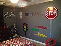 Decoração De Quarto Com O Tema Carros Car Themes Cars And Room - Boys bedroom ideas cars