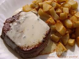 cuisiner tournedos tournedos poêlé et sa sauce au roquefort une faim