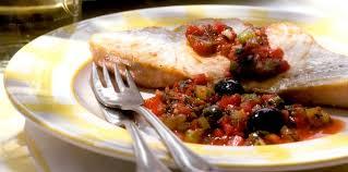cuisiner l espadon tranche d espadon à la concassée de tomates facile recette sur