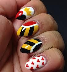 cartoon heart nail art design tutorial alice in wonderland nail art queen of hearts nails http www