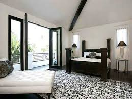 Damask Area Rug Black And White Black And White Bedroom With Damask Area Rug And White Chaise