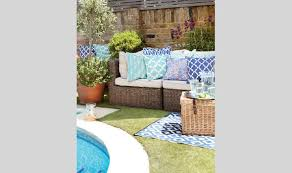 Design Garden Furniture Uk by Outside Invite Stylish Garden Furniture From Amazon Style