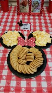 minnie mouse party ideas 32 sweet and adorable minnie mouse party ideas shelterness