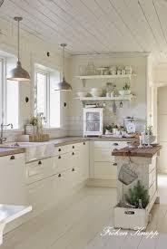decorer cuisine toute blanche fröken knopp look cuisine cuisines et