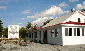 Vermont Home Design Ideas by White Cottage Woodstock Vt Decorating Idea Inexpensive Best At