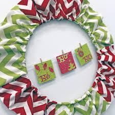 no sew red green u0026 chevron chic holiday wreath craft e corner blog