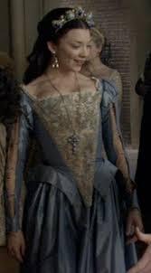 Natalie Dormer In Tudors Anne Boleyn Natalie Dormer Dresses Buscar Con Google Anne