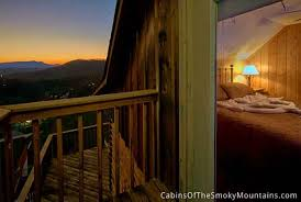 6 bedroom cabins in pigeon forge pigeon forge cabin highlander lodge 6 bedroom sleeps 15