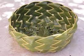 cara membuat kerajinan tangan dari janur membuat anyaman dari janur daun kelapa kumpulan kreasi unik
